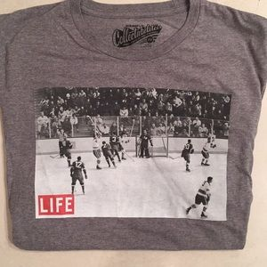 Men's collectibles hockey tee